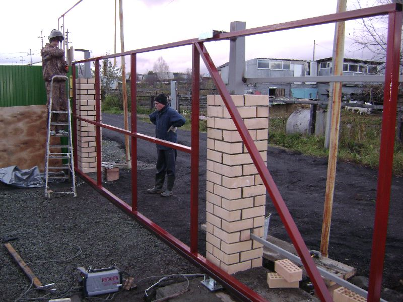 Ворота своими руками из подручных материалов 11